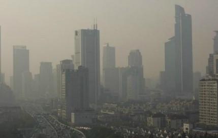 北京雾霾橙色预警 多地空气重度污染持续