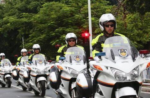 热门单词:旅游警察队伍用英文怎么说?|新闻词