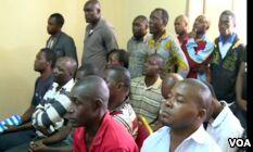 VOA慢速英语:Lawyers, Teachers in Cameroon Strike for More English(翻译)