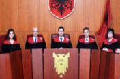 VOA常速英语:阿尔巴尼亚法院改革