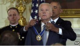 VOA慢速英语:In Emotional Goodbye, Obama Awards Biden America's Highest Honor