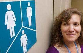 经济学人下载:变性学生 洗手间外的孤独与徘徊(1)