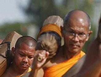 经济学人下载:泰国佛教 失踪的僧侣(2)