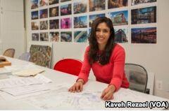 VOA慢速英语:Zarela Mosquera: Creating Messages Through Public Art and Design