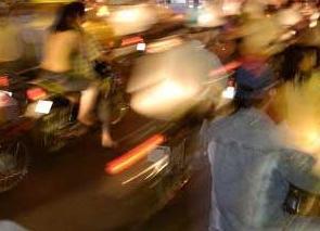 实战口语情景对话 第800期:Traffic Woes 交通问题