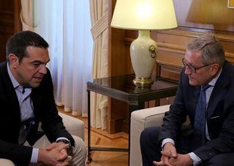 国际英语新闻:Greece on track to exit bailout in 2018: ESM chief