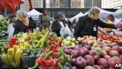VOA慢速英语:Fruits, Vegetables Can Lower Blood Pressure