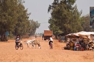 实战口语情景对话 第897期:Camboida Road Trip Part 3 柬埔寨之旅(3)