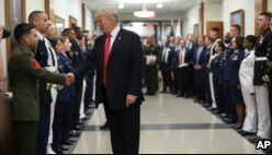 VOA慢速英语:Trump Bans Transgender People from US Military