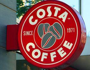 顾客想帮流浪汉买吃的,却被Costa咖啡阻止