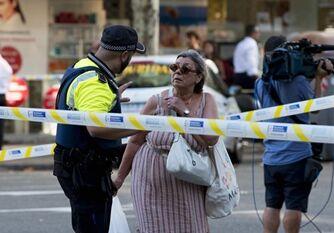 国际英语新闻:Terrorist attack hits Barcelona, killing 13