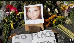 VOA慢速英语:特朗普再次谴责夏洛茨维尔暴力事件的冲突双方