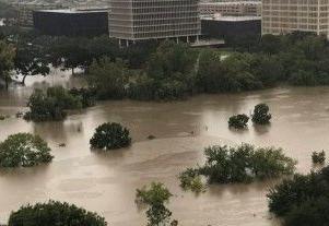 英语访谈节目:为什么休斯顿是飓风最常攻击的目标?