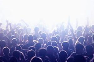 实战口语情景对话 第908期:Rave Scene 狂欢
