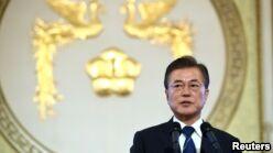 VOA慢速英语:韩国称就朝鲜问题与美国进行密切交流
