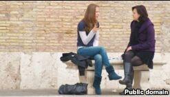 VOA慢速英语:闲聊可以使我们更快乐