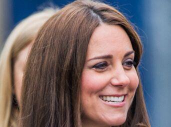 凯特王妃孕后首现公益活动,呼吁关注儿童心理健康