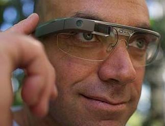 实战口语情景对话 第982期:Google Glasses 谷歌眼镜
