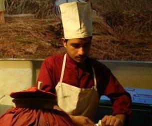 经济学人下载:巴基斯坦餐馆 食品安全问题曝光(2)