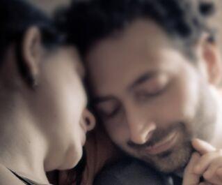 美文赏析:真正的爱,远比一直合同强大