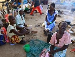 英语访谈节目:南苏丹内战引发了非洲最严重的难民危机