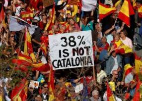 英语访谈节目:成千上万的加泰罗尼亚人反对脱离西班牙