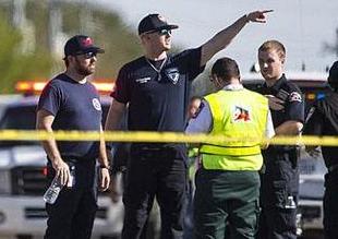 英语访谈节目:德克萨斯州教堂枪击案致20余人死亡
