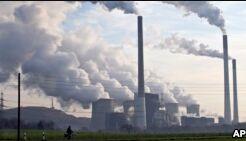 VOA慢速英语:科学家称今年二氧化碳含量将上升
