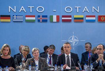 国际英语新闻:NATO FMs agree to step up cooperation with EU