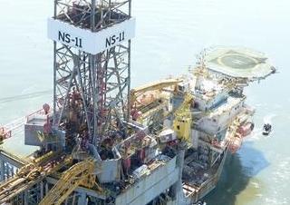 英语访谈节目:特朗普如何大力拓展海上油井