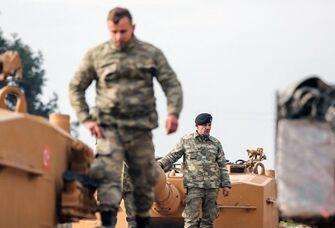 国际英语新闻:Turkish troops enter Syria's Afrin on second day of offensive