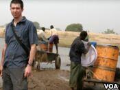 新书使用照片来对抗非洲的老套陈规