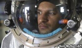 VOA慢速英语:科学家在阿曼沙漠模拟火星试验