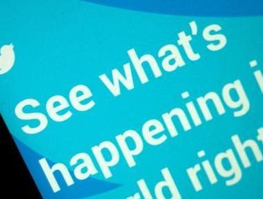 英语访谈节目:推特机器人如何再用冷战方法散布政治分歧
