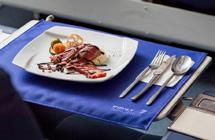 日本航空公司:300元让你坐头等舱去巴黎