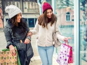 实战口语情景对话 第1159期:Clothes by Season 应季衣服