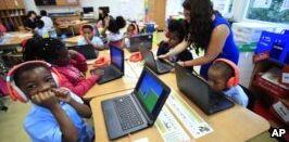 VOA慢速英语:美国教育报告称有许多可以改进