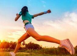 减肥运动相关口语表达 第65期:大量喝水
