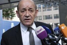 VOA慢速英语:法国担心美国对伊朗新制裁可能伤害中东