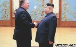 VOA慢速英语:特朗普称三名被朝鲜拘押的美国人获释