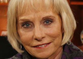 英语访谈节目:缅怀记者伊丽莎白・布拉克特