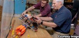 VOA慢速英语:水下机器人帮助保护珊瑚礁
