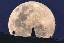 最新发现!月球两极附近分布水冰 或为人类访客提供水源