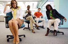 真的吗?女性在开放办公室更注重着装打扮