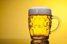 人类喝啤酒的历史有多久?中国人9000年前就开始喝了