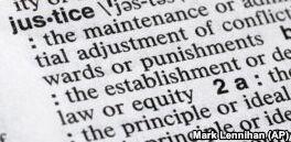 """VOA慢速英语:""""正义""""是韦氏词典年度词汇"""