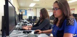 VOA慢速英语:微软调查发现美国学校缺少计算机科学培训