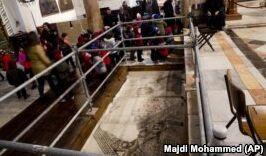 VOA慢速英语:Church Repairs Renew Christian Attention to Bethlehem