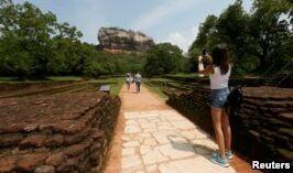 VOA慢速英语:政治危机伤及斯里兰卡旅游业