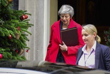 国际英语新闻:British government found in contempt of parliament over Brexit legal advice